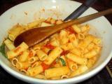 rigatoni and tomato sauce 02 January 05