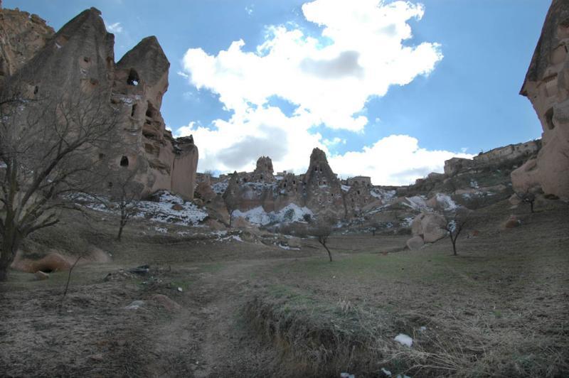 Uchisar and surroundings 6431