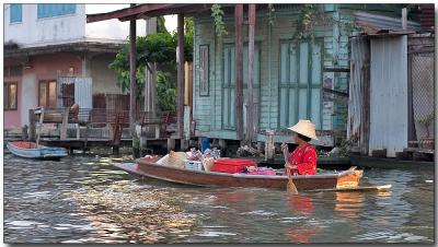 Seller on the river