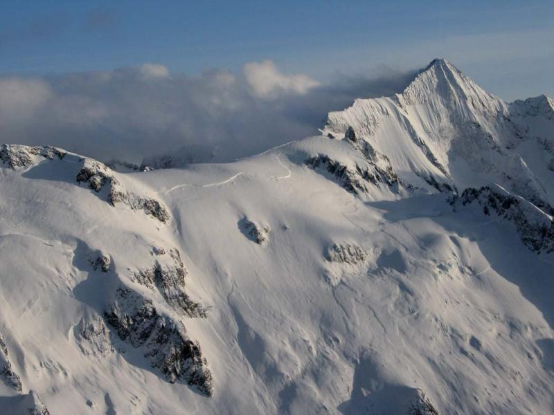 Avalanche:  Forbidden, Lower N Ridge (Forbidden040405-001adj.jpg)