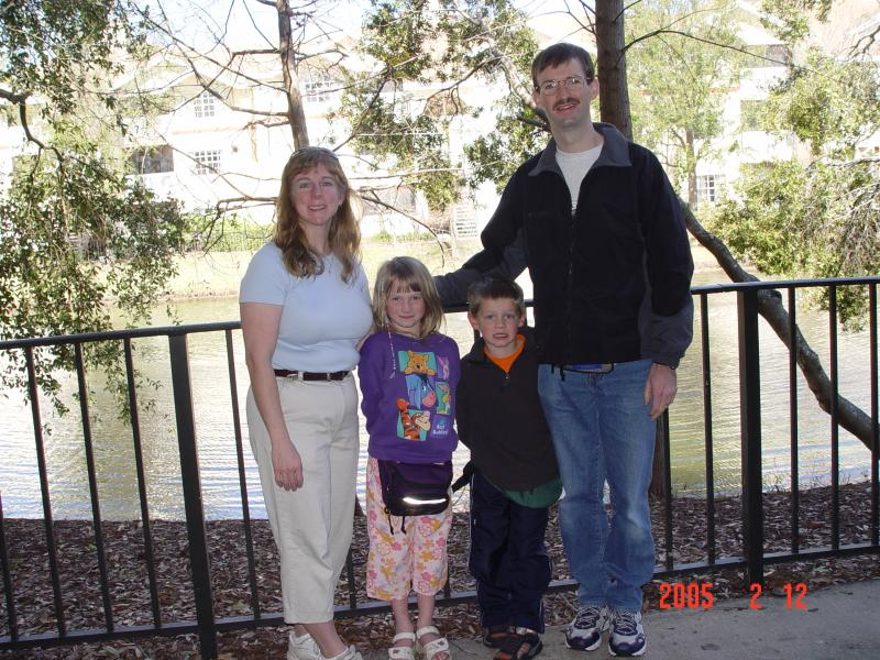 Vicky and Randy with kids-Amy and Keith