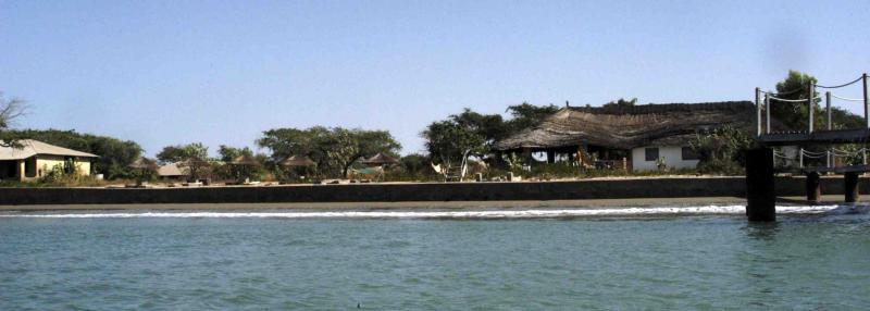 restaurant plus bungalows