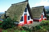 Ile de Madère - Petites maisons traditionnelles de Santana