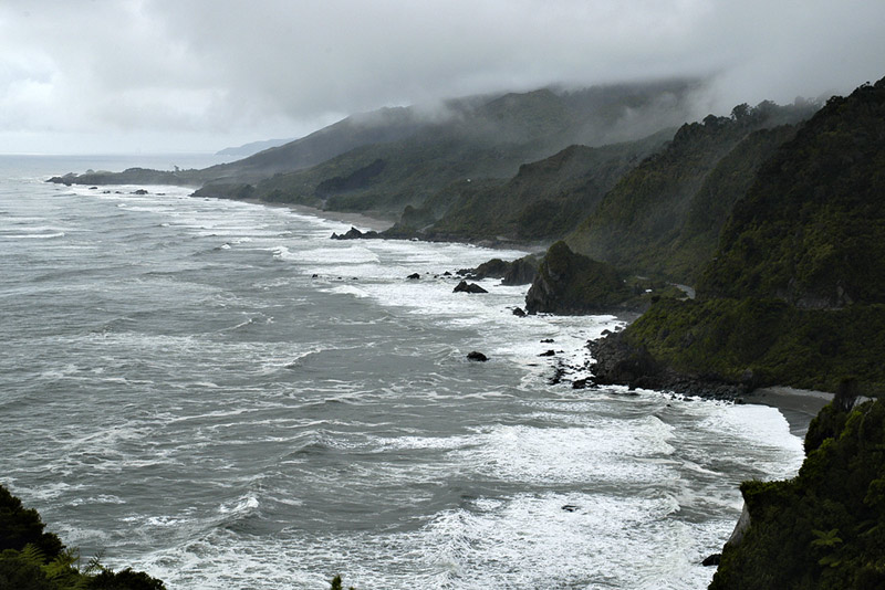 Coastline south of Punakaiki (II)