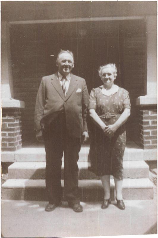 Richard  E and Bessie Jones