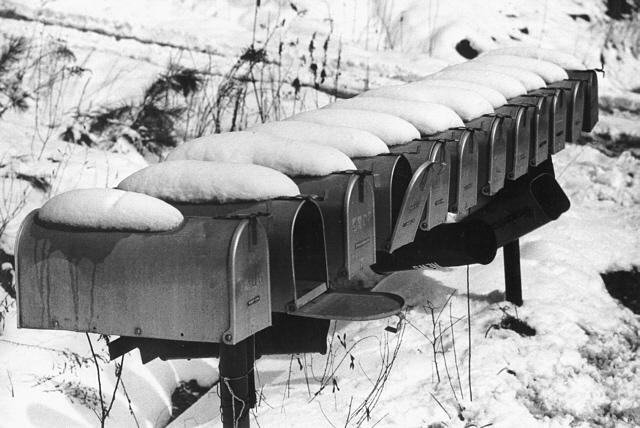 Snow & Mailboxes - Auburn, Alabama