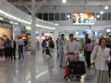 ...before rushing to the departure gate!