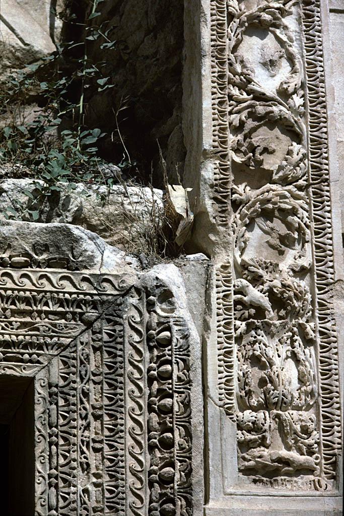 Hierapolis theatre details