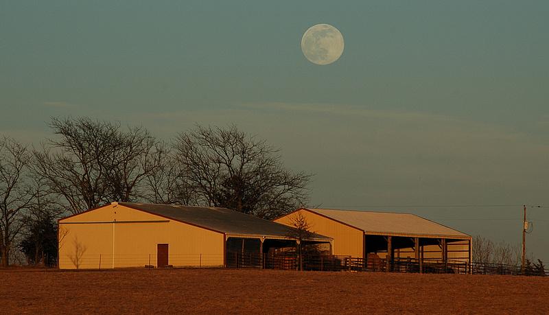 Moon & Barn