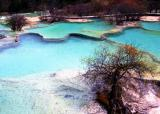 colorful water in Huanglong 10