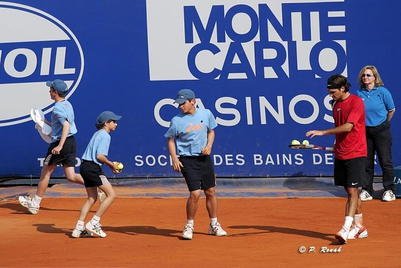 Nouvelles balles pour Federer