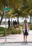 Ocean Drive beach walk 02