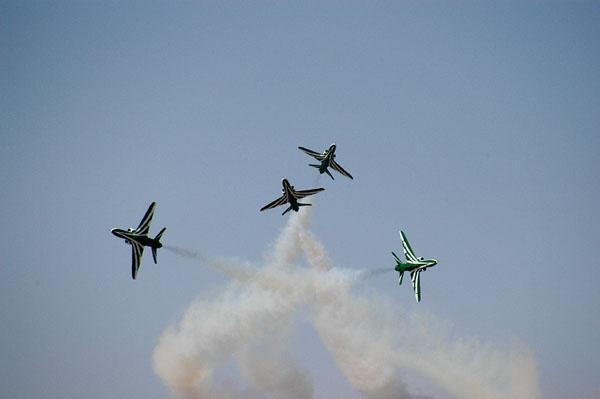 Saudi Hawks 4-ship crossover break