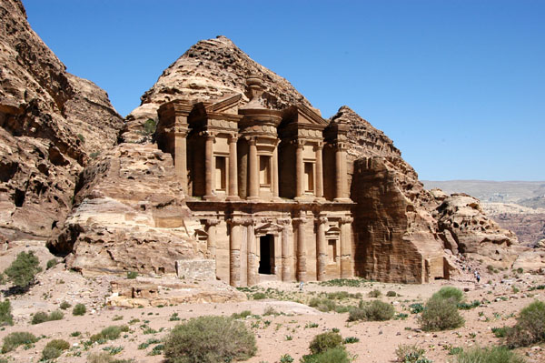 The trail continues past the Monestary to a viewpoint of Wadi Musa