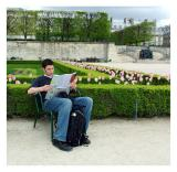 Tim Consults the Map, Tuileries