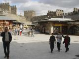 Kayseri at city walls 2553