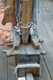33C-28-Detail of the mast