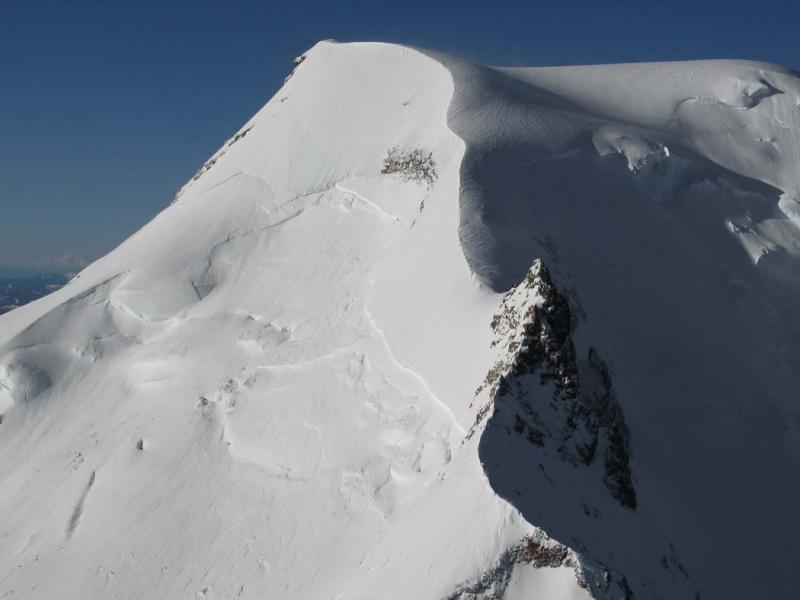 Mt Baker, Upper E Face (MtBaker041905-15adj.jpg)