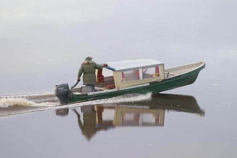 Taxi boat in early morning