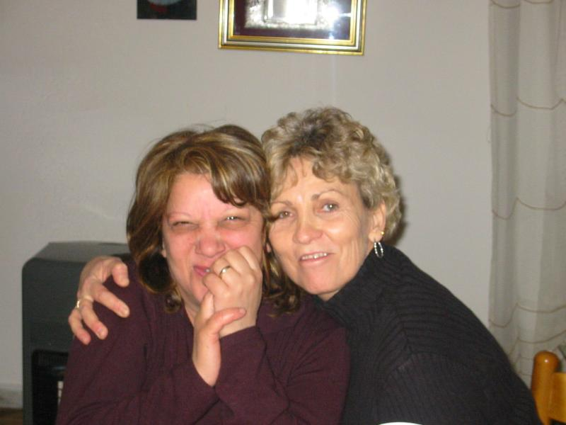 Pina & Debbie laughing it up