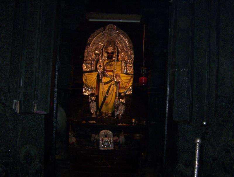 Sri Chenna Keshava of bElUr (Hassan dist)