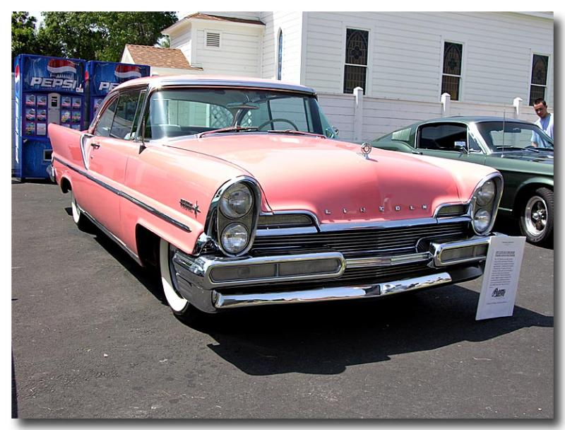 1957 Lincoln Premier - Jayne Mansfields car - Click on photo for more info