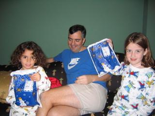 Clare, Jack & Ana on X-mas 04