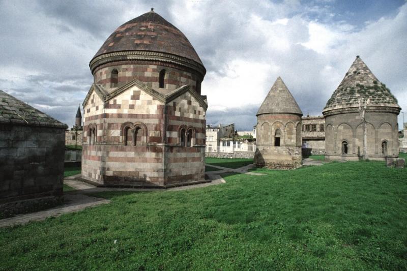 Uc kumbetler Erzurum