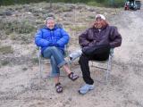 Leah & Glenn waiting for the runners