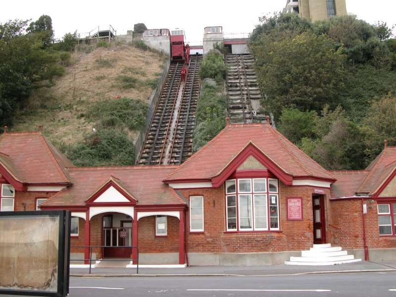 The Leas Cliff Lift