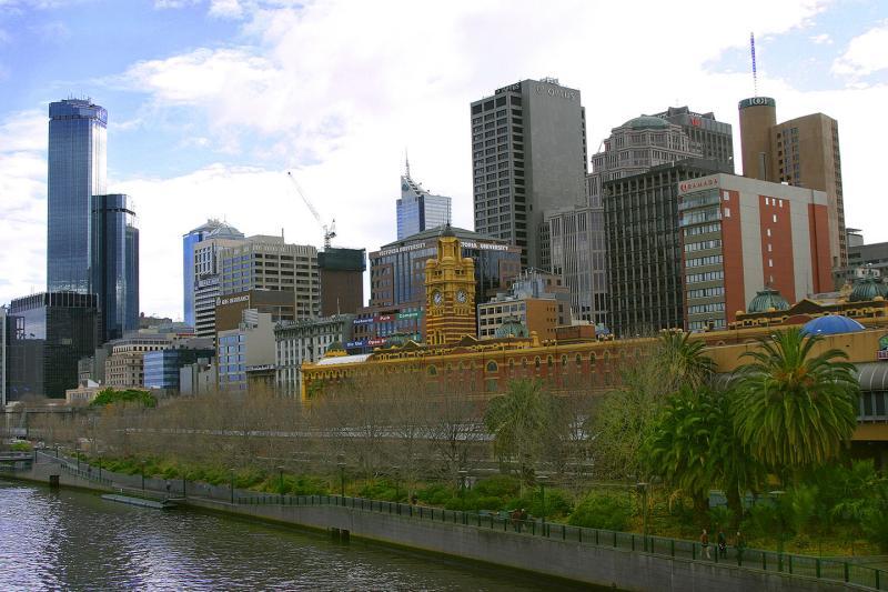 Southbank-Flinders-St-Station.jpg