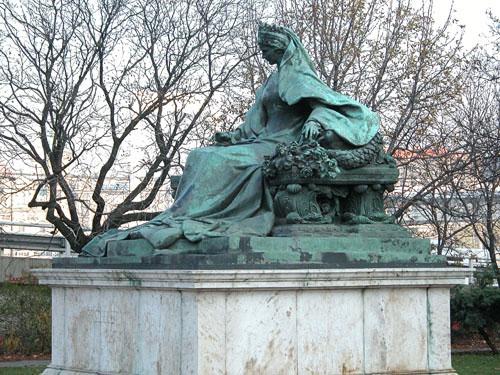 Statue of Elizabeth of Bavaria, Emperor Franz Josephs wife