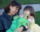 31 Oct 2004 • Mom, Emma and Ian