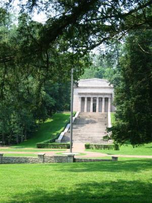 Lincolns Birthplace Memorial