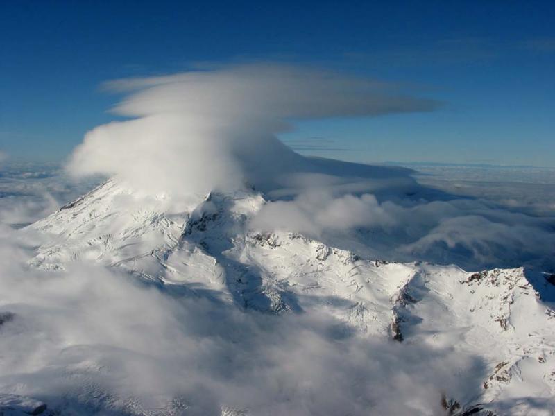 View SW, Layered Lenticular Clouds (MtBaker092104-43adj.jpg)