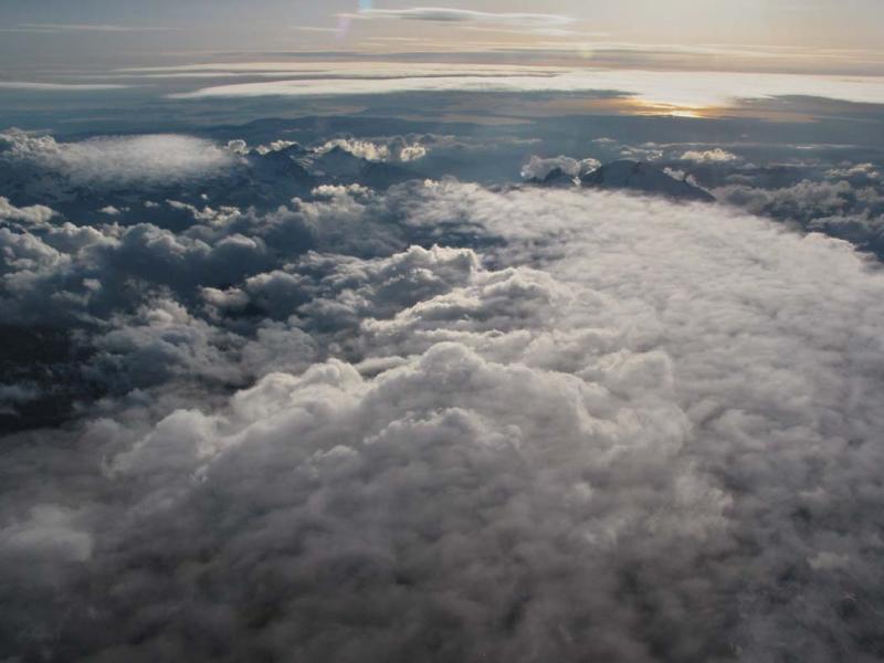 Sunset With Cloud Cover (MtBaker050204-59adjPF.jpg)