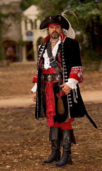 pirate GX9W2101.jpg