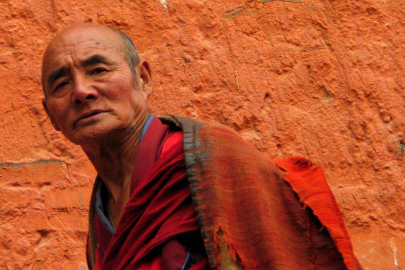 Monk doing kora