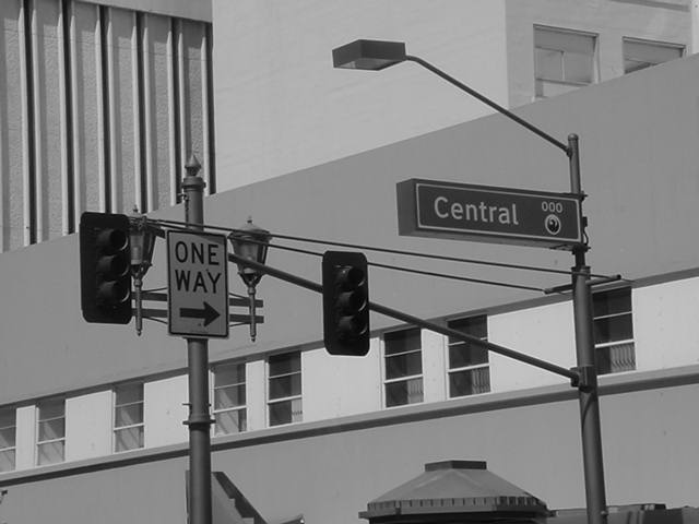One Way --->  central avenue 000