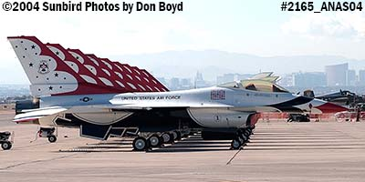 9 USAF Thunderbirds at the 2004 Aviation Nation Air Show stock photo #2165