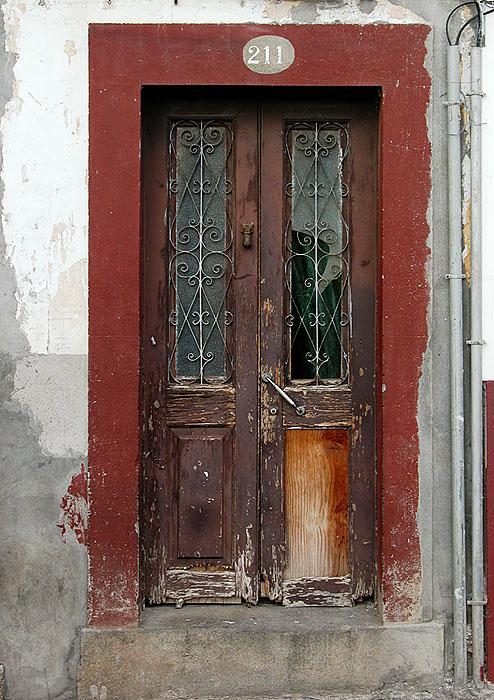Door at 211
