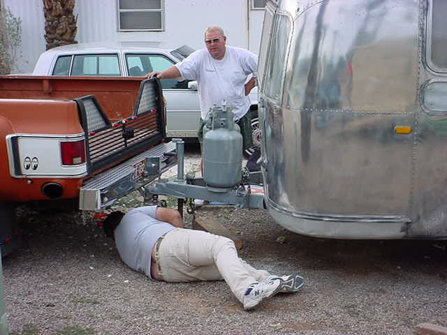 Rick hooking up the airstream to the GMC