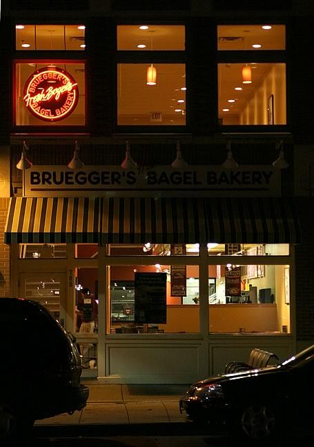 Dec. 1, 2004 - Brueggers Bagels