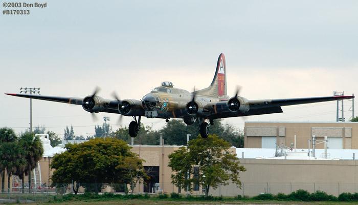 Collings Foundation B-17G Nine-o-Nine #44-83575 aviation warbird stock photo #3333