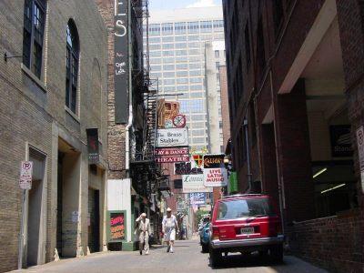 Printers Alley in Nashville