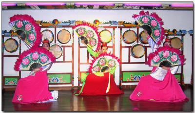 Korean folk dancing
