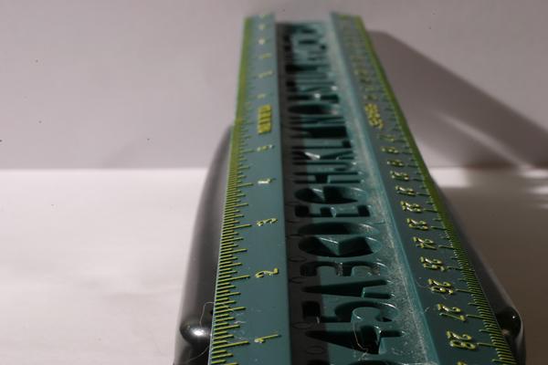 f32_ruler.jpg