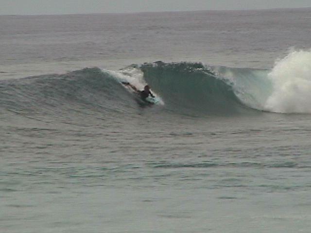 aldan wong...soaking em up...avana passage, muri beach..eastside raro