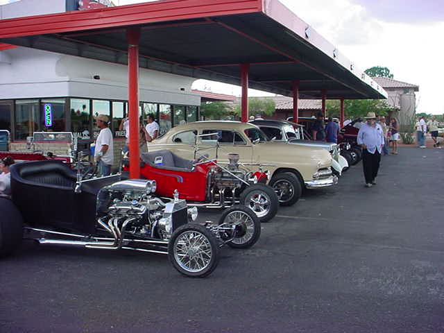 cars in a row <br> at Screamers
