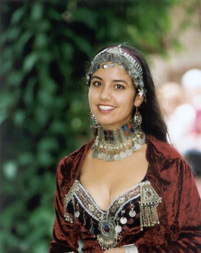 India dancer.jpg
